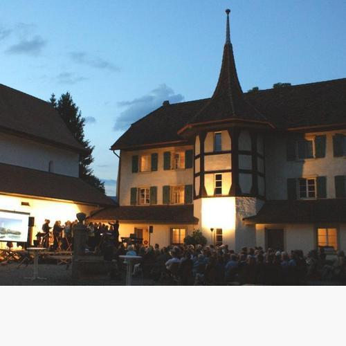 11-05-21 Unterwegs-Abend in Gottstatt-Schweiz (2)